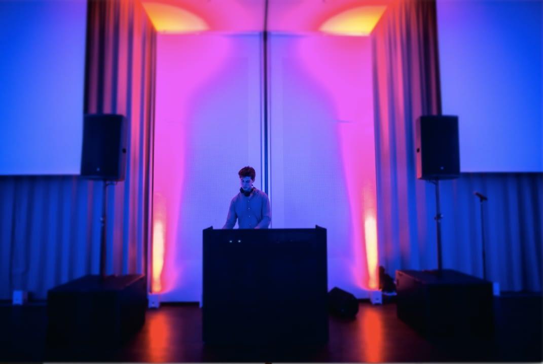 DJ til reception hos LejDj